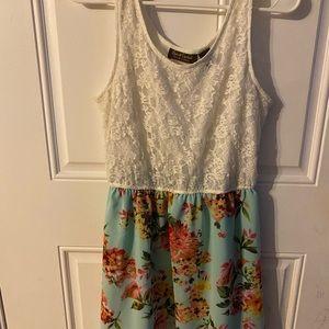 Sleeves dress